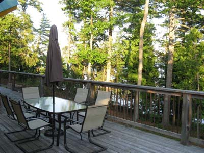 Deck offers total privacy.