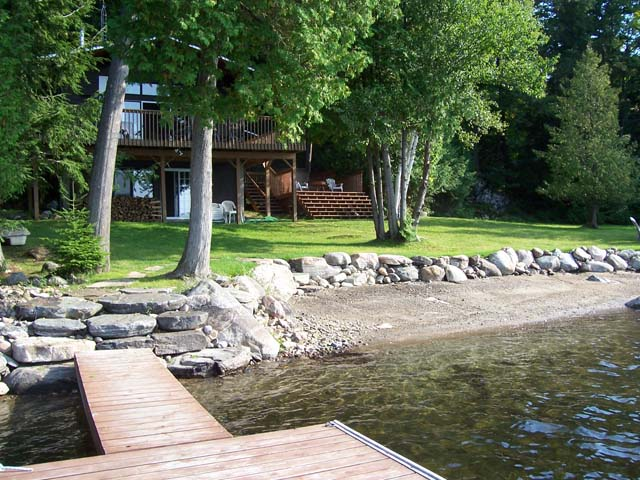 Sam's Lake House