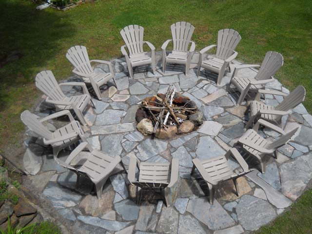Fire pit shared with big cottage