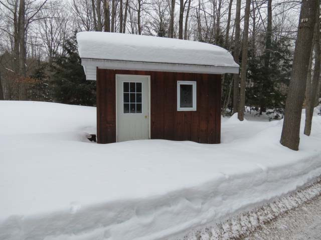 The Bunkie is situated right beside the cottage.  It has bunks with a double on the bottom and single on top.