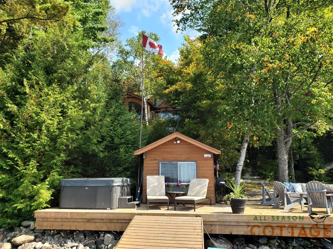 The Bunkie is located on the dock, right at the water's edge