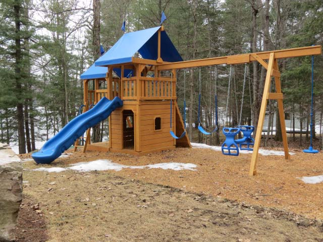Children's play set.