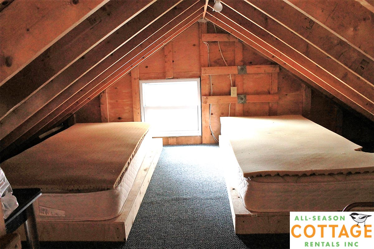 Other side of loft (great air flow with windows open)