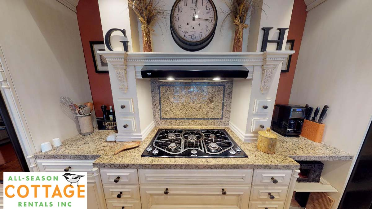 Gas stove top (cottage is equipped exclusively with cast iron cookware)