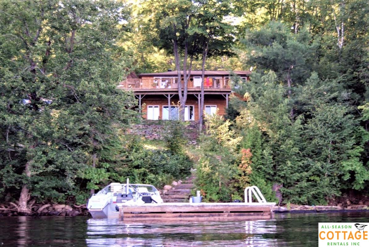 Johnson Lake House