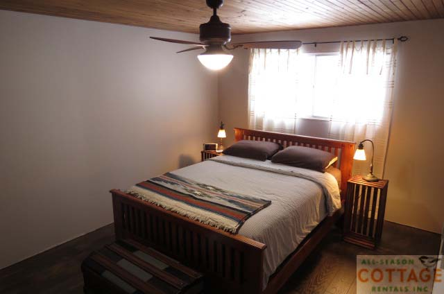 Bedroom #1 with Queen bed with ceiling fan