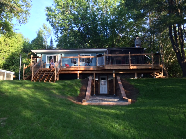 Brand new deck on lake side of cottage!