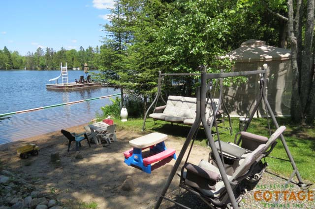 Perfect waterfront for families with kids!