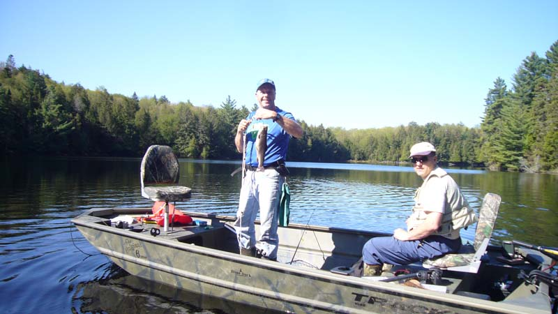 Boating at your Haliburton cottage rental